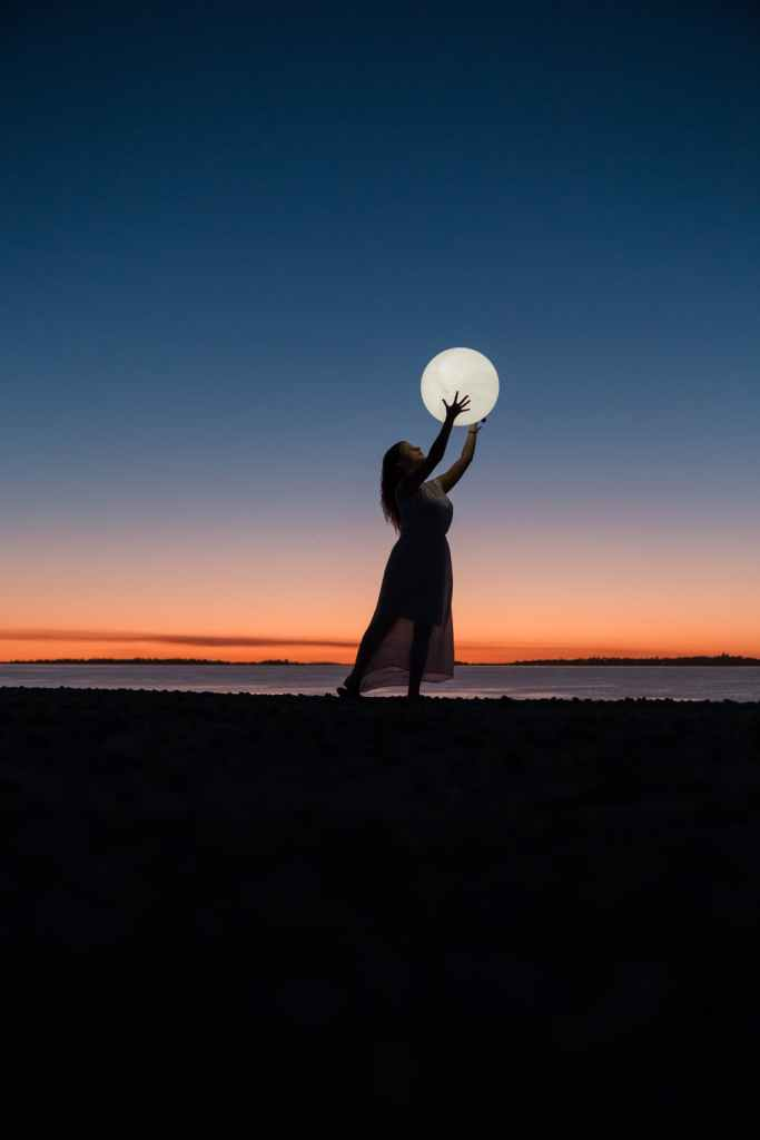 Girl holding the moon - Drawing - Creatives for Cool Creatives Online Journal